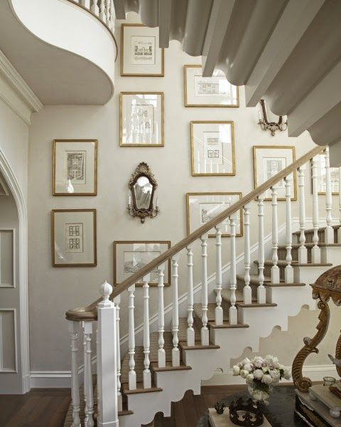 Artistic Picture Wall Ideas for Stairs 1