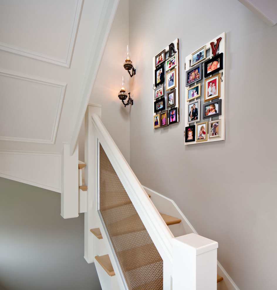 Cool Picture Wall Ideas for Stairs 1