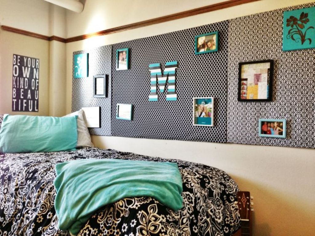 21 creative picture wall ideas and photos for 2017 - College room decor ideas ...